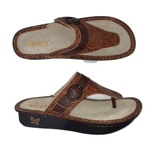 Algeria by PG Lite Thong Leather Sandals 40 9.5 10